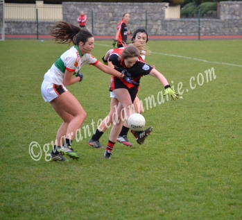 Grace Clifford (ITC) tackles Michelle (TCD)