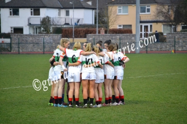 ITC huddle up before second half