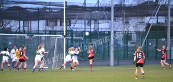 Catriona Smith kicks for a point